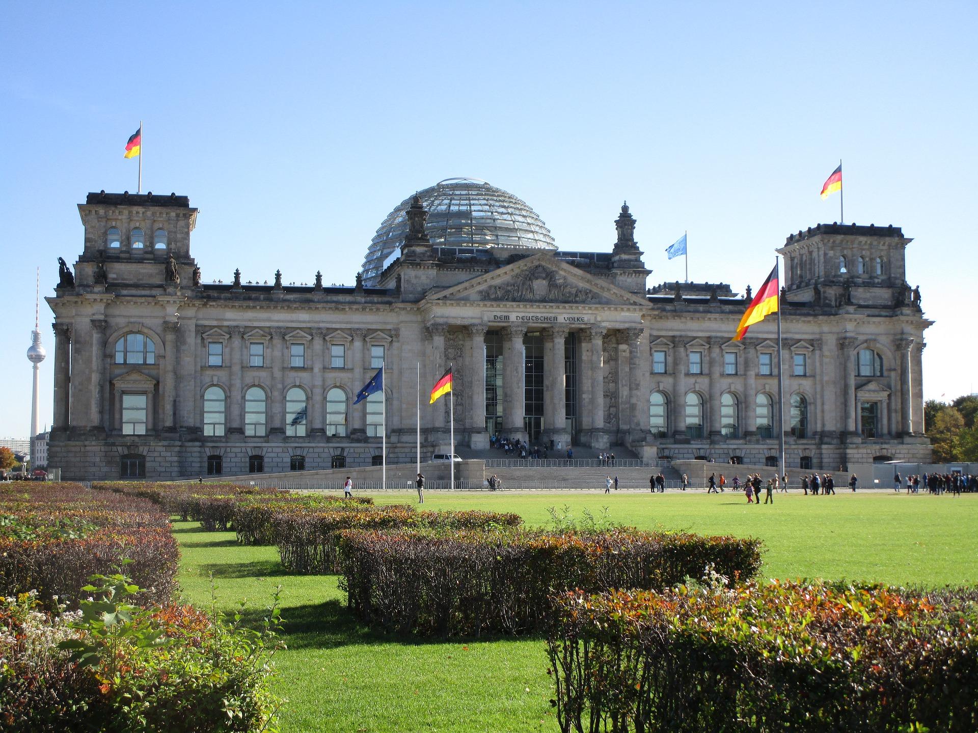 Reichstag_im_Herbst